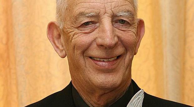 Fr Alec Reid, who acted as a go-between in the Northern Ireland peace process, has died
