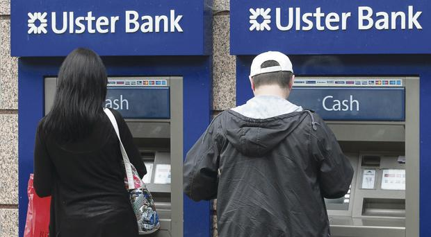 Festive shopping chaos as bank glitch stops payouts