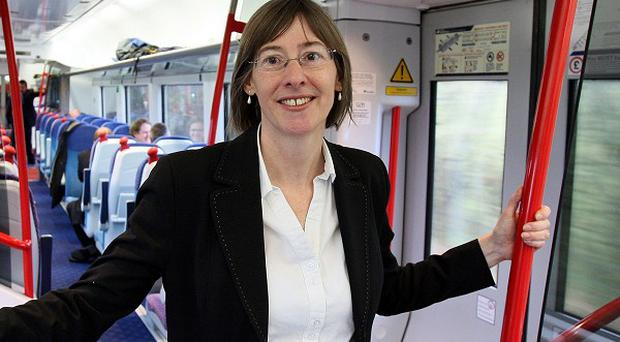 Catherine Mason, the chief executive of public transport operator Translink, is leaving to take up a new role with the UK's main air traffic control service.
