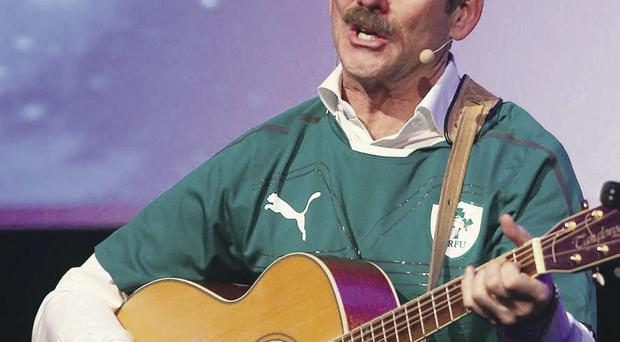 Chris Hadfield singing Danny Boy in Dublin