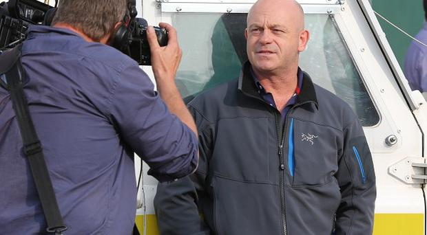 Ross Kemp during filming of his television documentary Extreme World during sectarian riots in north Belfast.