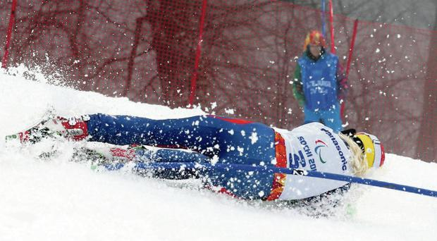 Kelly Gallagher crashes out in the Women's SC Slalom