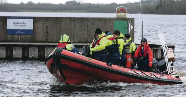 Members of the Athlone sub aqua club taking part in the search of Lough Ree in Co Westmeath for Daryl Burke