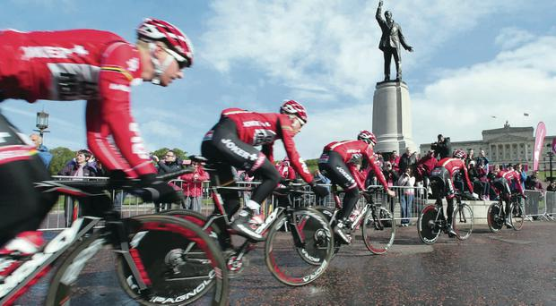 Cyclists at Stormont
