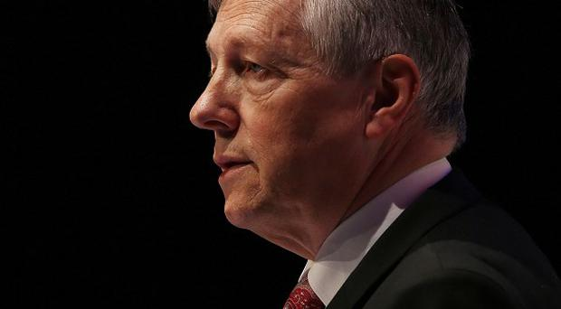 Peter Robinson has clarified remarks he made about Muslims