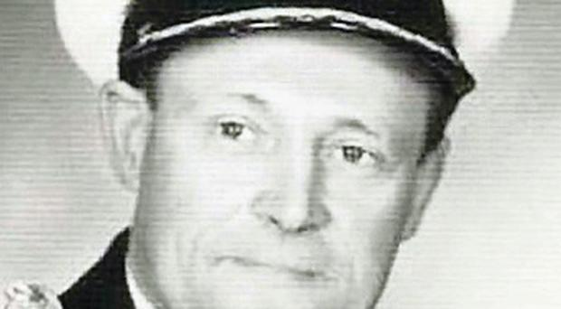 Captain Hedley Kett, who has died at 100
