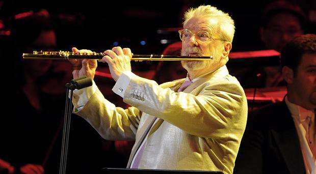Sir James Galway has been given a lifetime achievement award