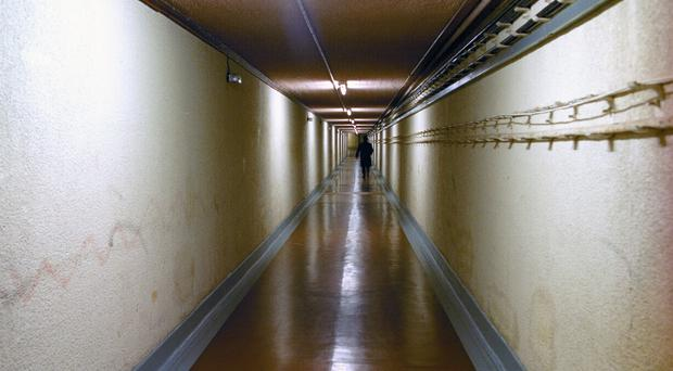 The document said that claustrophobia is not an advantage in a windowless bunker