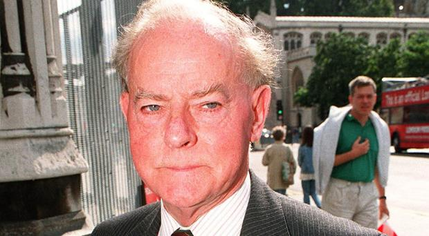 Ulster Unionist Party leader Lord Molyneaux has died at the age of 94