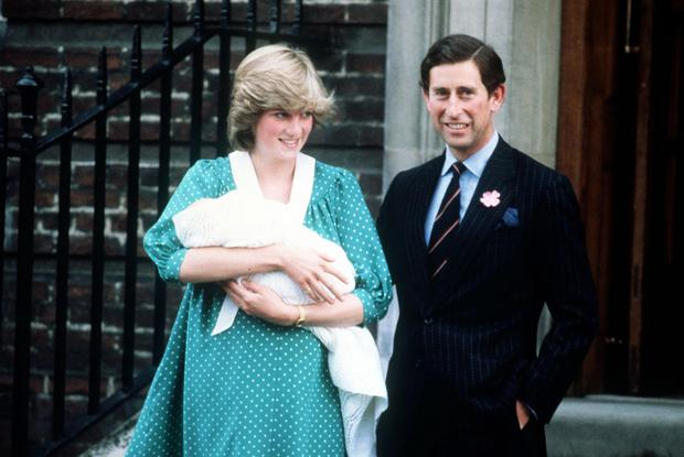 The Prince and Princess of Wales leaving the same hospital with Prince William in June 1982
