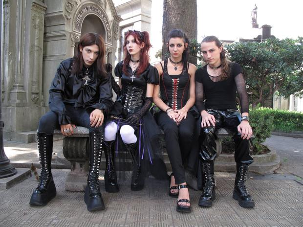 Fans of the dark side: Goths and their fashions