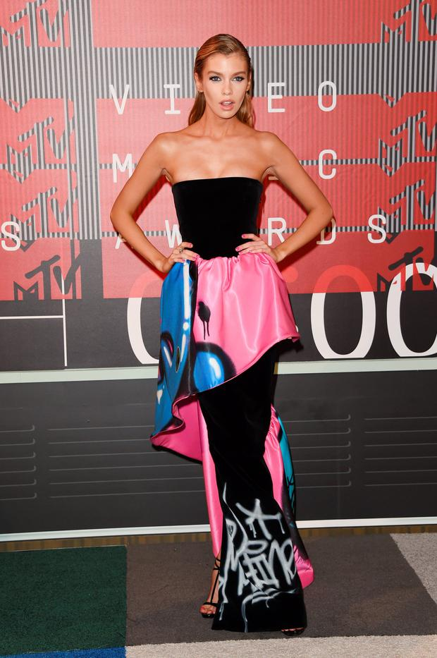 Stella attends the 2015 MTV Video Music Awards at Microsoft Theater in Los Angeles