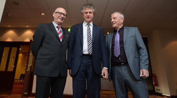 Tony Blair's former Chief of Staff, Jonathan Powell (centre) with PUP leader Billy Hutchinson (left) and Jackie McDonald