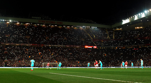 Fans pay tribute to George Best during last night's game against PSV