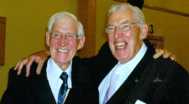 The Rev Ian Paisley with his sibling Harold (left)