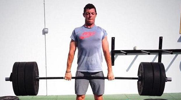 Rory McIlroy deadlifts