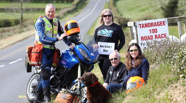 Dr Janet Acheson (far right) with John Hinds' old colleague Dr Fred MacSorley (far left), race officials Anne and Ian Forsythe, and Hinds' dog Cooper