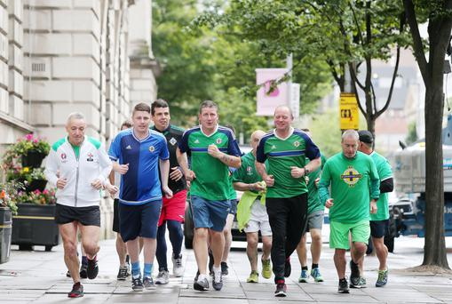 Northern Ireland fans start their 10k run at Belfast City Hall in memory of Darren Rodgers and Robert Rainey