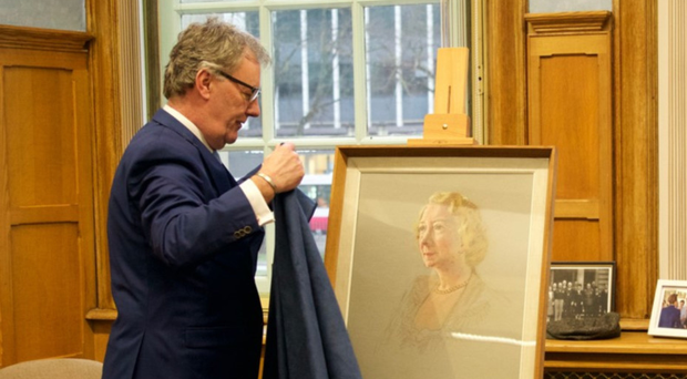 Mike Nesbitt unveils the portrait of Florence Breakie