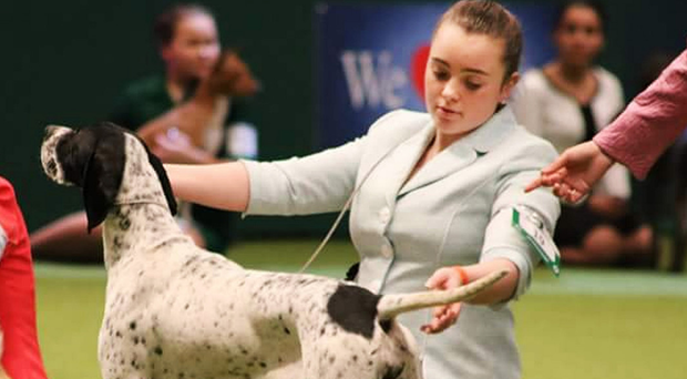 Scarlett Burnside with Babs, a pointer she had just met on Saturday morning before taking part in the competition