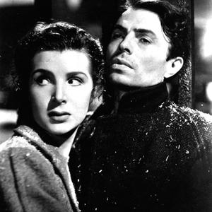 James Mason with Kathleen Ryan in Odd Man Out