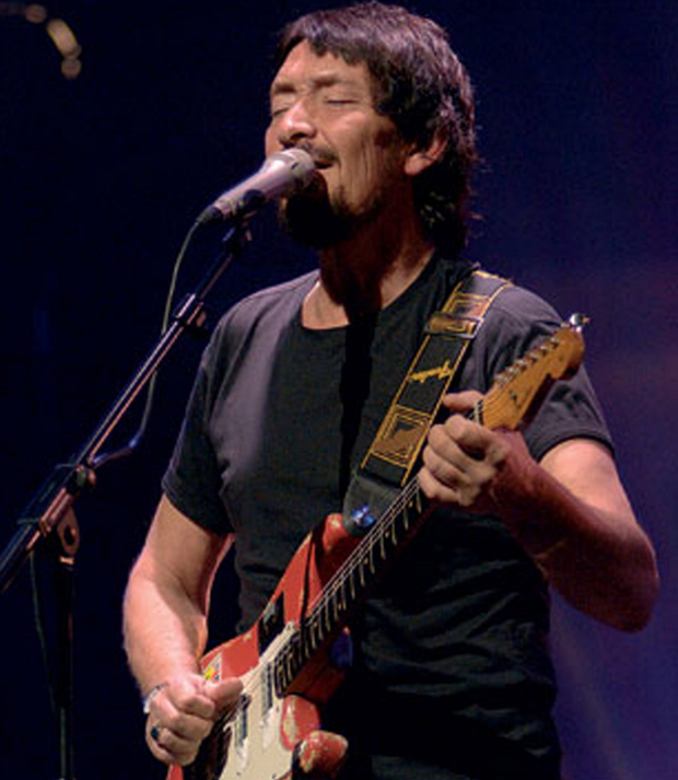 Waterfront gig: Chris Rea
