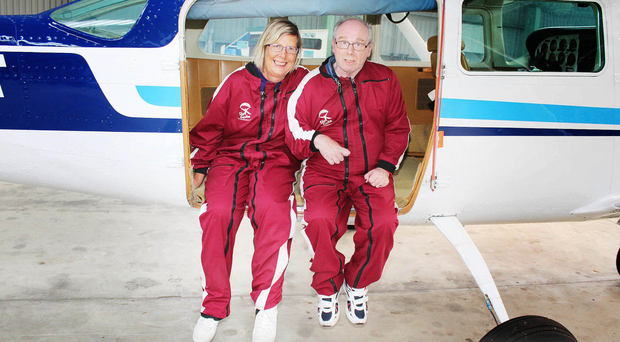 Stroke survivors Lorraine McGivern and Steve Wylie before their parachute jump