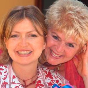 Close: Gloria Hunniford with Caron