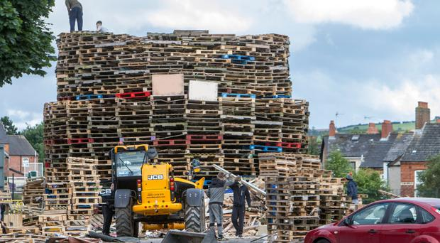 Building the Chobham Street bonfire