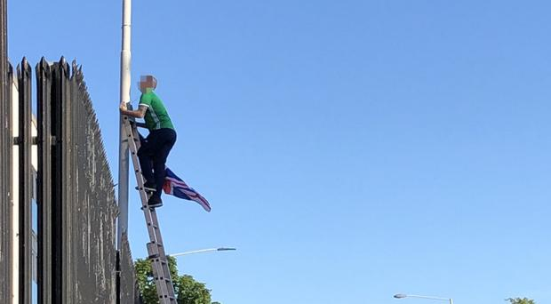 Complaint: Man erects Union flag