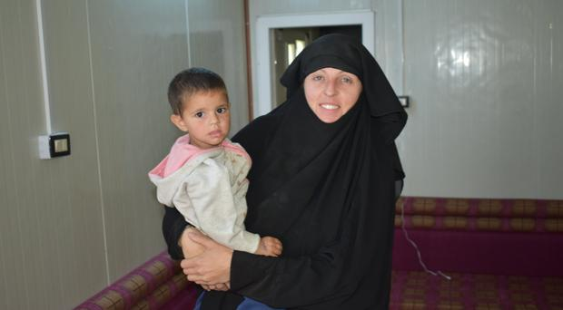 Lisa Smith with her daughter in the Al Hawl refugee camp on the Iraq-Syria border
