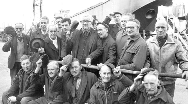 Sad goodbye: workers bid farewell as Harland & Wolff closes down its river yards in 1971
