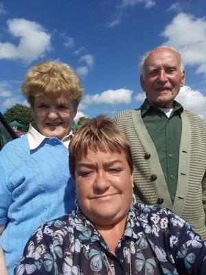 Evelyn Halliday with husband Raymond and daughter Anna