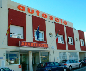 Murdered: The Autosole Aparthotel in Estepona where Sean Hercules was killed