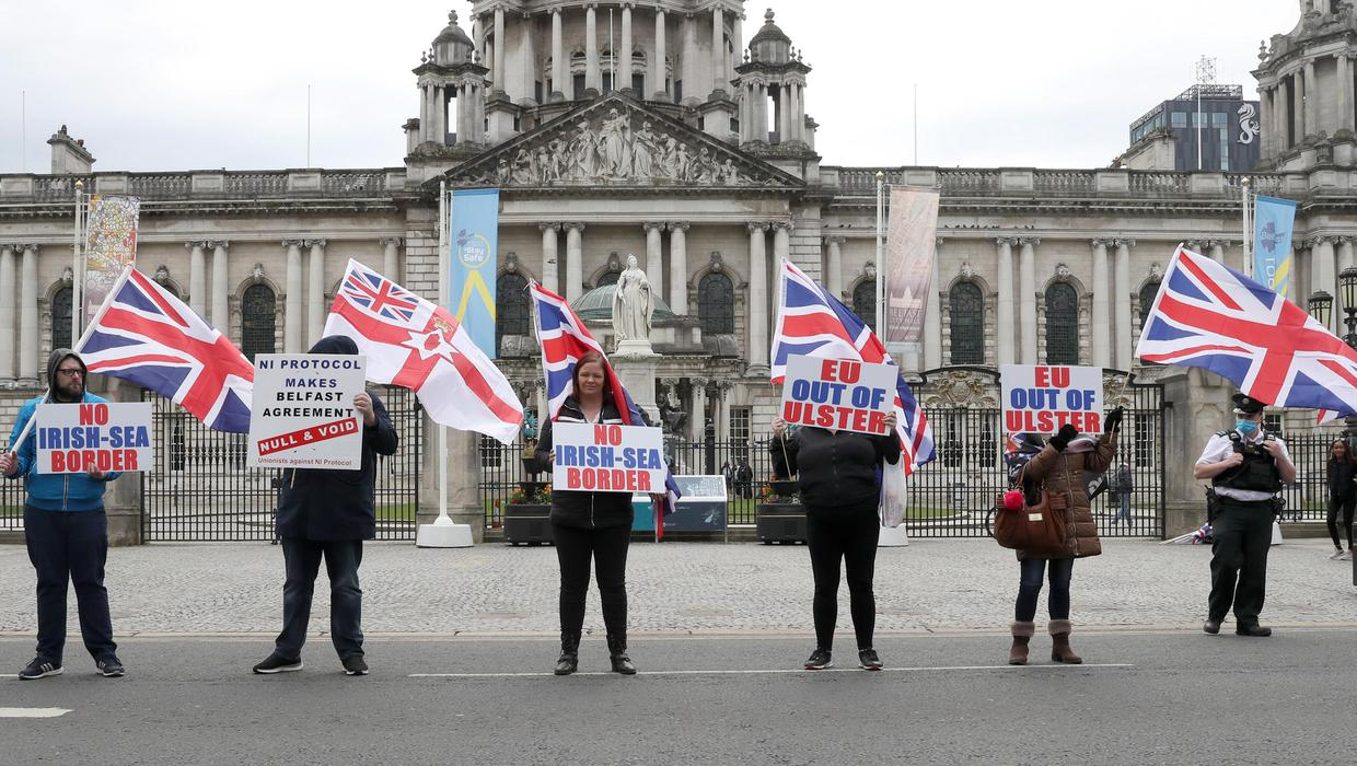 Loyalists stage further NI protocol protests in Belfast and Newtownabbey -  BelfastTelegraph.co.uk