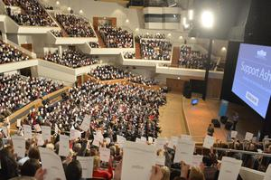 More than 2,000 people pack the Waterfront Hall to show support for Ashers bakery