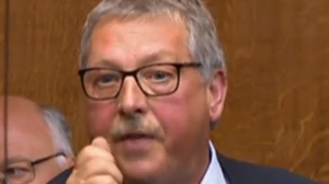 'Climbdown': Sammy Wilson says Government will cave in to Brussels' demands over trade checks
