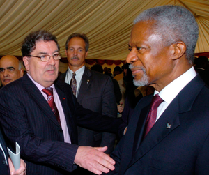 John Hume with UN Secretary General Kofi Annan
