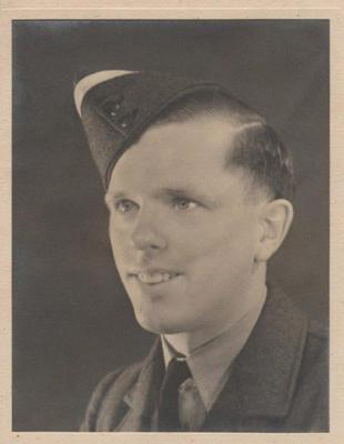 Gerald Hudson during his days in the RAF