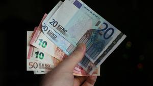 Unite has condemned a proposed 50 cent increase in the minimum wage to 9.15 euro as 'minimalist'