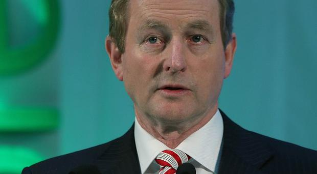 Taoiseach Enda Kenny rejected the Opposition's challenge for a live TV debate on the abolition of the Seanad