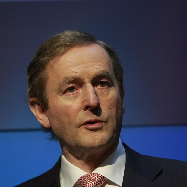 Enda Kenny expects Ireland's unemployment level will very soon come down to the European average
