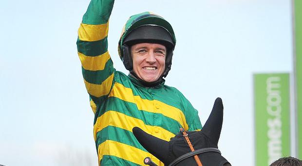 Barry Geraghty celebrates victory on Jezki.