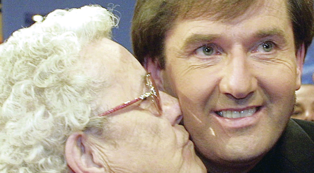 Daniel O'Donnell gets a kiss from his his mum Julia. She died at the weekend