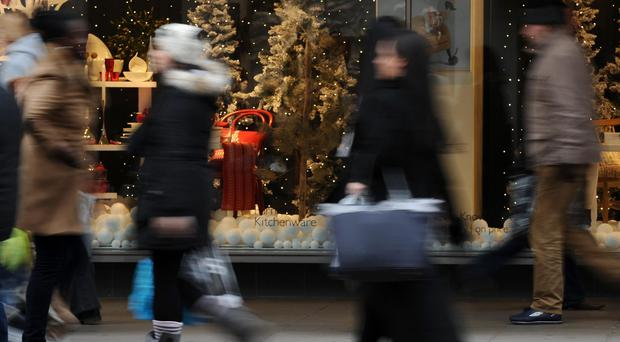 According to the Irish League of Credit Unions, the average Christmas shopping bill will be 563 euro this year