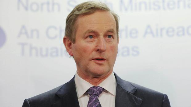 Taoiseach Enda Kenny is to visit the Middle East after praising Irish peacekeepers