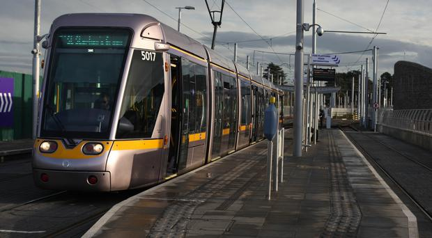 Union chiefs are to meet Luas operators Transdev for talks over pay