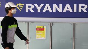 Ryanair has slammed the Irish Government for not closing the border with Northern Ireland, while heavily restricting flights to other countries. (Brian Lawless/PA)