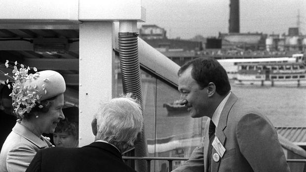 The Queen meets then Greater London Council (GLC) leader Ken Livingstone at the opening of the Thames Barrier at Woolwich (PA)