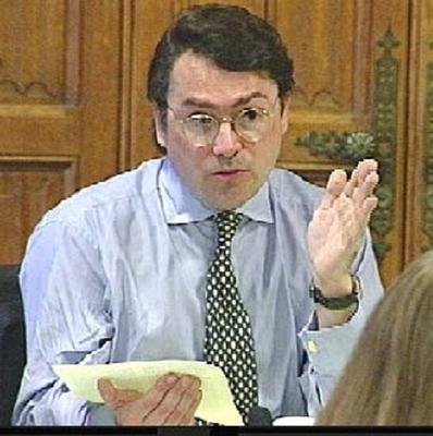 David Ruffley is among Tory backbenchers calling for the 40p tax threshold to be raised